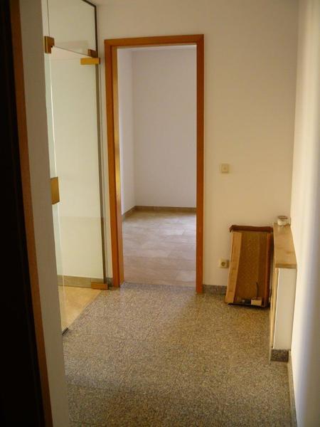 2 raum wohnung mieten in 01156 dresden gompitz 50m liebe oma lieber opa echte 2 zimmer. Black Bedroom Furniture Sets. Home Design Ideas